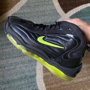 Nike Air Max Total Uptempo Black Volt 9.5 Mens